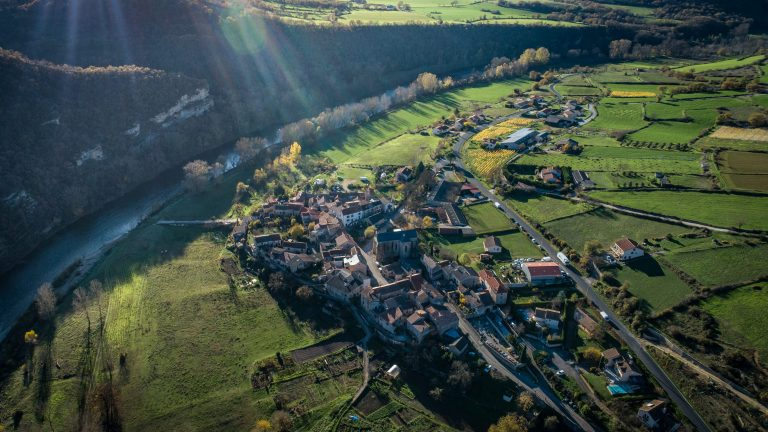 Paysage du village Compregnac