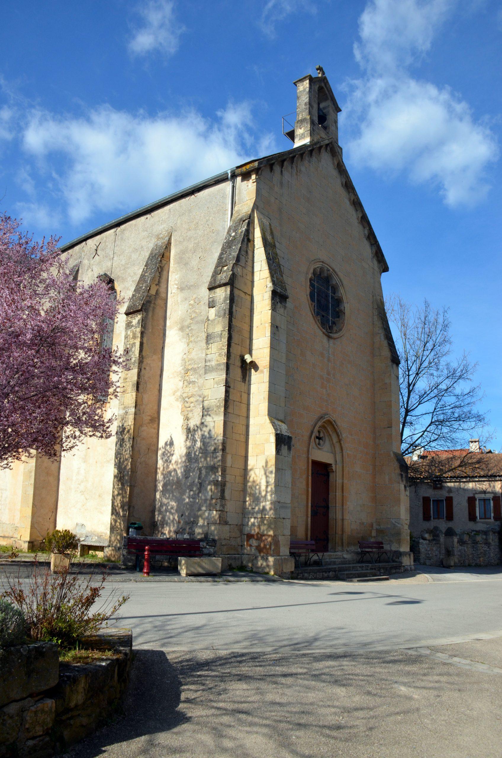 L'EGLISE Saint Pierre de COMPREGNAC