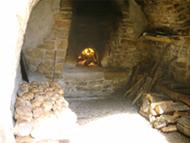 Four communal de Peyre allumé